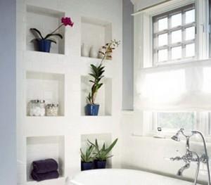 Ниша в стене ванной