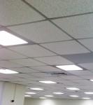 Классический потолок в офис - армстронг